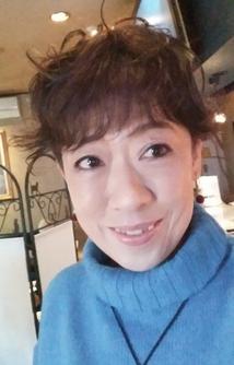 菜高綾美先生の画像